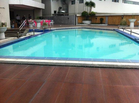 Casa Bocobo Hotel at Zen Towers:                                     Pool