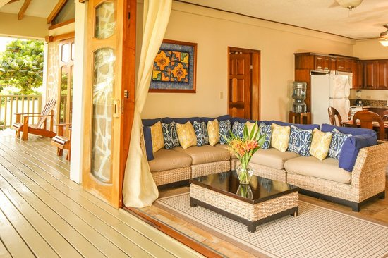 Hopkins Bay Resort: Sitting Area with Sea View