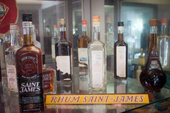 St. James Distillery & Rum Museum: Old bottles of St. James