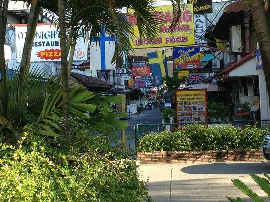 Patong Resort Hotel uscita sulla Bangla Road