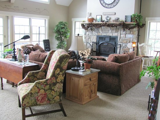 A Newfound Bed & Breakfast: Great room with views of Newfound Lake