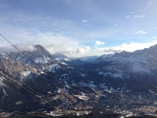 De la Poste:                   View from gondola back into Cortina
