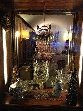 هوتل ديلا بوست:                   Dining area very tastefully done                 
