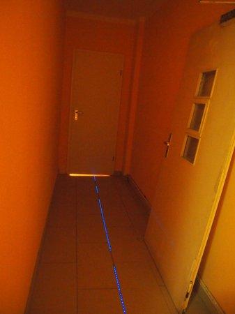 Hotel Schaum:                   Next room with floor emergency lite towards our room.