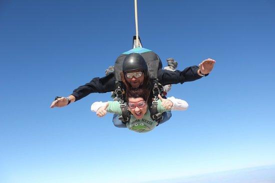 Skydive Arizona: Floating in the Sky!