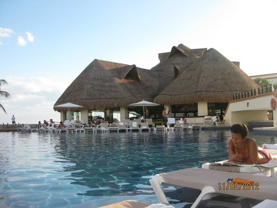Heaven at the Hard Rock Hotel Riviera Maya:                   Adventura Spa Pool
