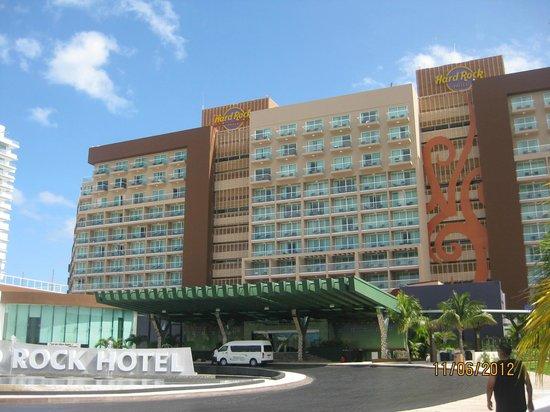 Heaven at the Hard Rock Hotel Riviera Maya:                   Hard Rock Cancun
