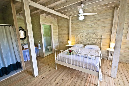 Cabarete Surfcamp: River  house bedroom