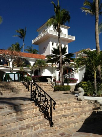 One & Only Palmilla: view of main bldg