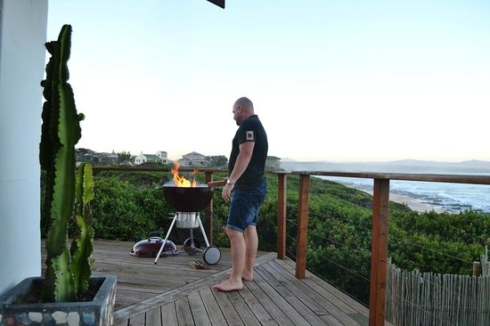 African Perfection Jeffreys Bay:                   Seaview BBQ!