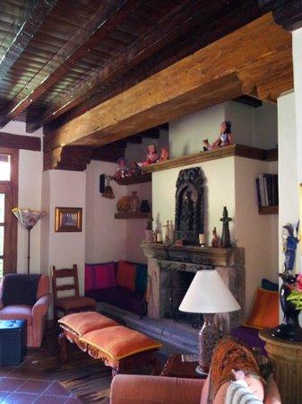 Villa Victoria:                   Living Room for All