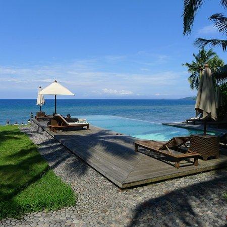 Seraya Shores:                   Stunning views of the pool and ocean.