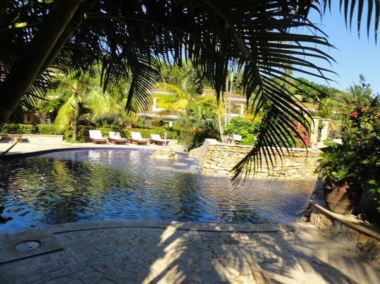 Mayan Princess Beach & Dive Resort: Beautiful Pool