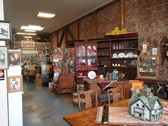 Whistlestop Antiques