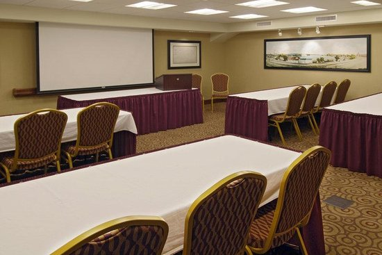 Hampton Inn Dubuque: Meeting Room
