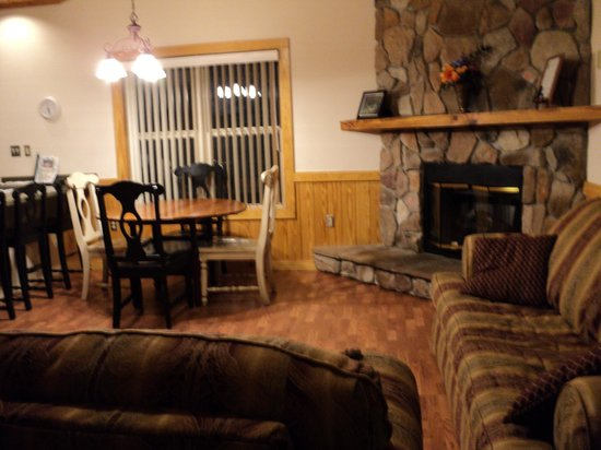Suwannee River State Park:                   Cabin