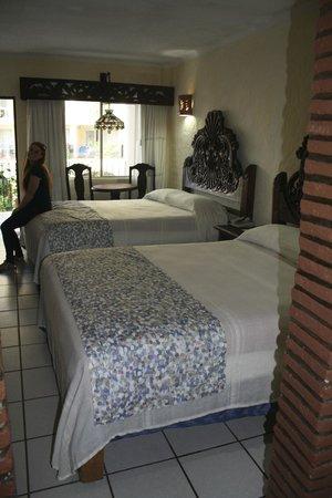 بالايا لوس أركوس هوتل بيتش ريزورت آند سبا:                   bedroom                 