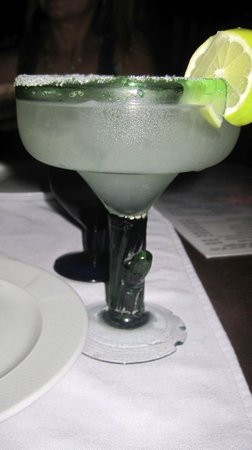 Playa Los Arcos Hotel Beach Resort & Spa :                   best margarita at The Blue Shrimp...quite a kick to it :)