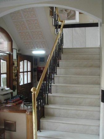 Bajaj Indian Home Stay:                   Common stairs