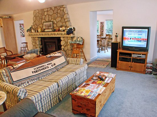 RiverView B&B Inn:                   large comfortable rooms