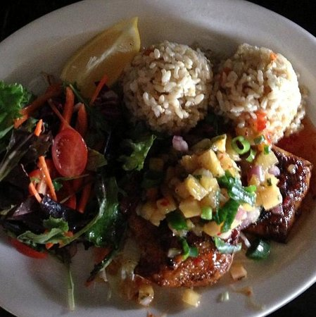 Kaleo's Bar & Grill :                   Blackened Ono with pineapple salsa. Yummy!