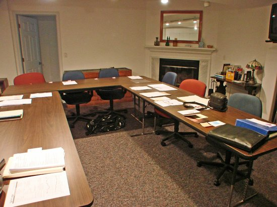 Franklin Furnace, OH:                   meeting room for 20