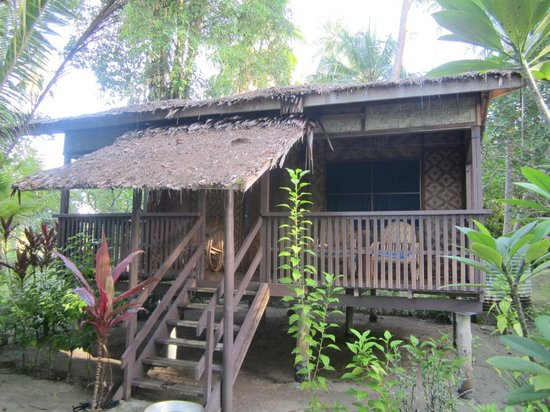 Lissenung Island Resort:                                     bungalow