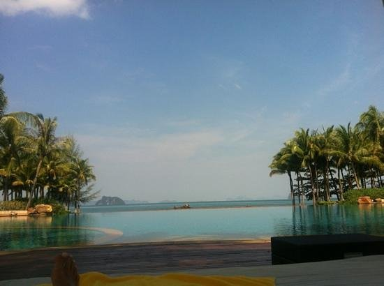 Phulay Bay, A Ritz Carlton Reserve:                   pool area