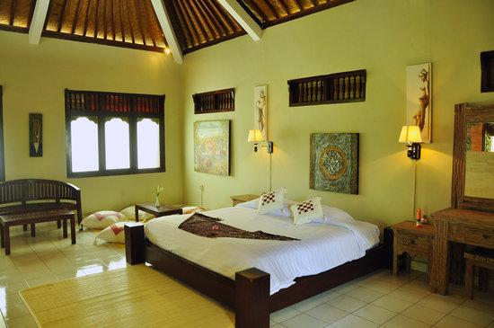 Subak Tabola Villa: Chambre Sedap Malam