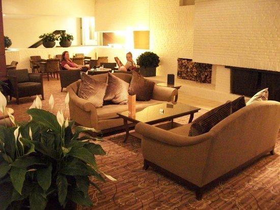 Bilderberg Garden Hotel:                   Lobby