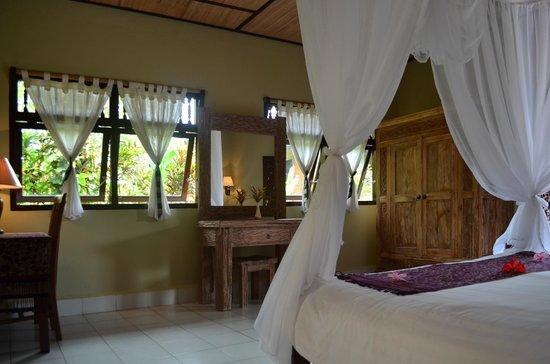 Subak Tabola Villa: Chambre Jempiring