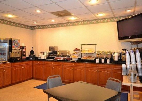 Comfort Inn: Free hot Breakfast