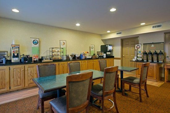 Country Inn & Suites By Carlson, Richmond I-95 South: CountryInn&Suites Richmond  BreakfastRoom