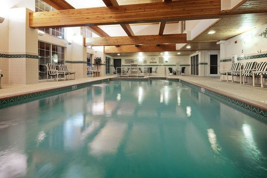 Country Inn & Suites By Carlson, Port Washington: CountryInn&Suites PortWashington  Pool