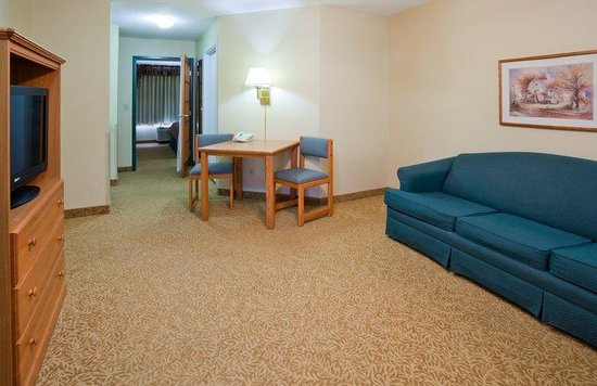 Country Inn & Suites By Carlson, Detroit Lakes: CountryInn&Suites DetroitLakes  Suite