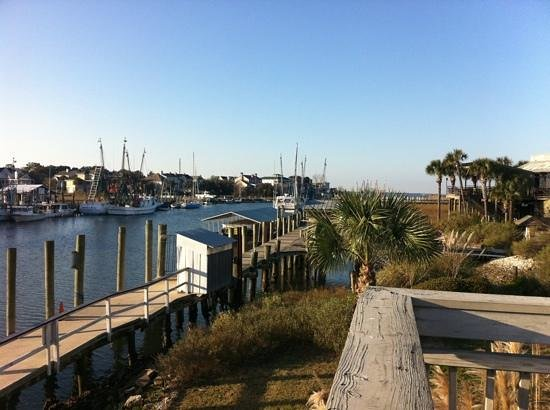Shem Creek Inn:                   Good morning Charleston!