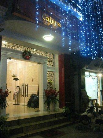 Calypso Grand Hotel:                   The hotel entrance