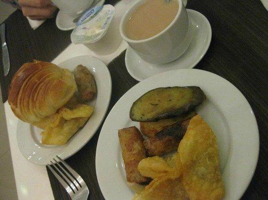 Calypso Grand Hotel:                   Breakfast