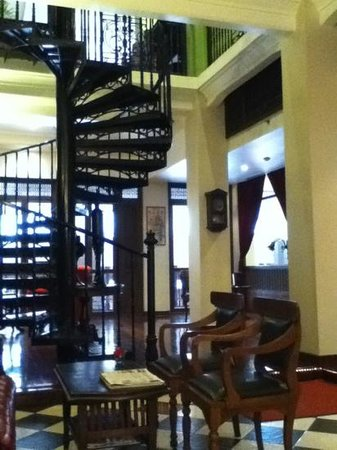 Shanghai Mansion Bangkok:                   wonderful spiral staircase in the Shanghai Mansion hotel