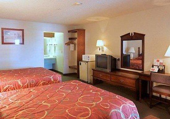 Econo Lodge Southeast: Room amenities