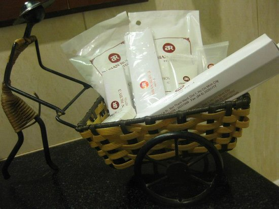 Asian Ruby Park View Hotel:                   toiletries