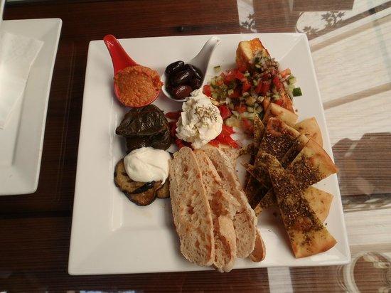 Cafe Fez mezz