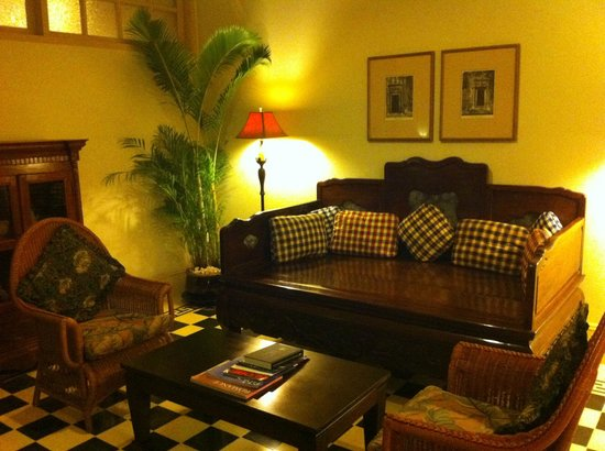 Raffles Grand Hotel d'Angkor:                   Beautiful seating area on the guest floors