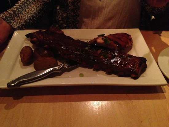 Earl & Angelo's: Chicken and ribs