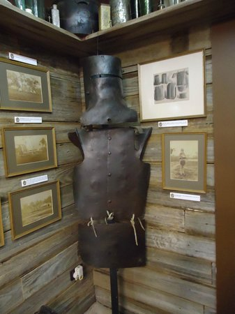 Ned Kelly Museum:                   Replica armour. Note the photos on the wall of Kelly places, family etc.