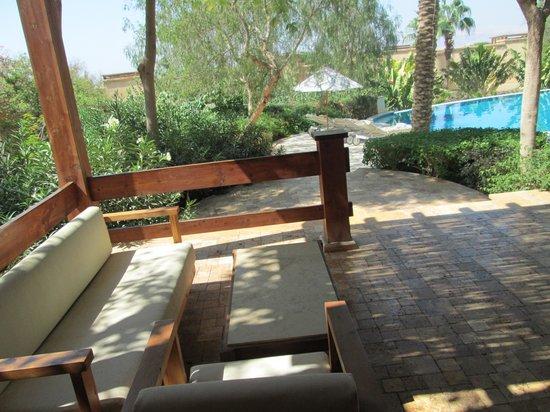 Kempinski Hotel Ishtar Dead Sea:                   villa patio