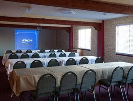 Super 8 Santa Fe: Meeting Room