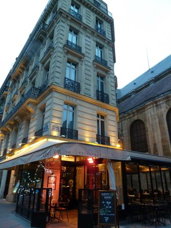 Hotel Lumen Paris Louvre: Oscar's Restaurant and the Hotel