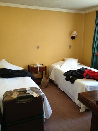 Hotel Isla Rey Jorge:                   room
