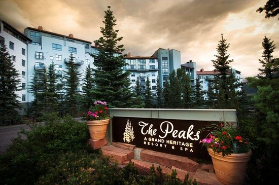 Peaks Resort & Spa: Peaks Sign (compressed )